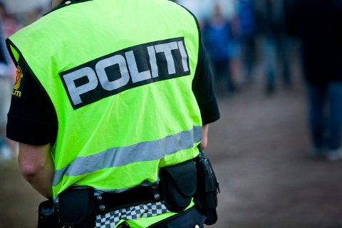 Pågrepet: Politiet pågrep 30-åring i Kvelde for kroppskrenkelse, skadeverk på bil og ordensforstyrrelse.  Politi  Politiet  Kriminalitet    Foto: Peder Torp Mathisen