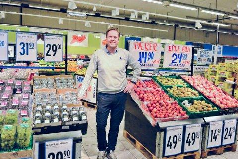 NYTT ANSIKT: Henrik Sørensen Hoff er på plass i sin nye arbeidsplass på Øya. Han ser frem til å ta fatt i sin nye oppgave og bli bedre kjent med Larvik.
