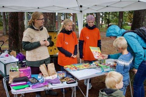 MANGE: Søndagsskolenes dag trakk mange til Foldvik sist helg.