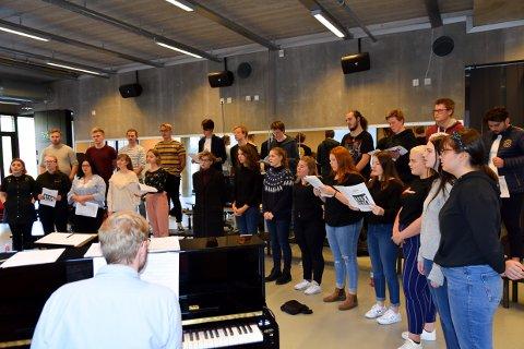 ABBA: Musikkelevene ved Thor Heyerdahl videregående vil gi deg ABBA både i korversjoner og gjennom band kommende uke.