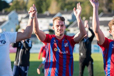 JUBEL: Jone Rugland kan juble for seier mot Oppsal og grønne tall.
