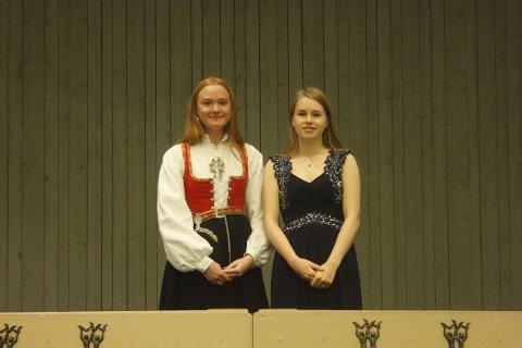 2 av Larviks plakettmottakere. Gunnhild Røse fra Firkløver 4H og Eva Marie Lind Holtung fra Tjodalyng 4H