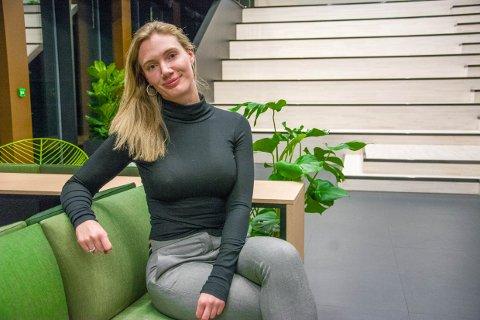 PENDLER TIL GRINDA: Norsk Gjenvinnings logistikksjef i Vestfold, Buskerud og Telemark Nora Sørsdahl elsker å jobbe i Larvik.