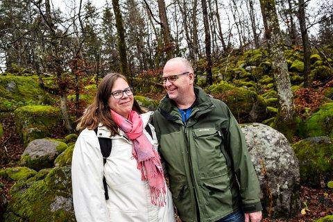 NØDVENDIG: Linda og Alexander Larsen får viktig hjelp for familien sin gjennom Home Start som det nå foreslås besparinger i.