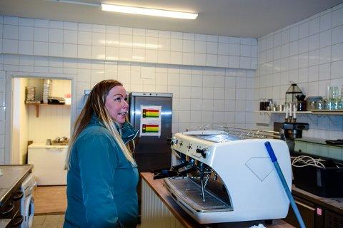 BLIR: Aina Andersen (32) vurderte å bytte bransje, men skal nå være med og åpne Burgerhouse på Torget.