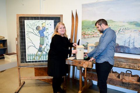KOM: Ane Ringheim Eriksen og Aleksander Vågen Oxholm på Larvik museum inviterer til fuglekassebygging og mye annet i vinterferien.