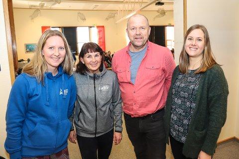 TOPP SAMARBEID: Thea Kaupang Aspaas (f.v.), Ellen Hansen fra Aktiv Larvik, Bjarte Gjone og Maren Bråthen fra NAV flyktningavdelingen sier samarbeidet er en vinn-vinn-situasjon.