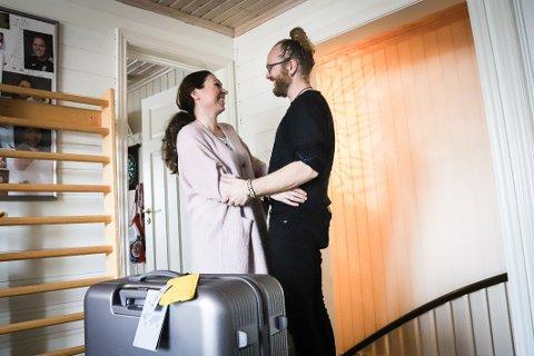 TO INDIA WITH LOVE: Med kjærlighet til yoga og hverandre. Toril Brommeland og Rune Erling Pedersen teller ned dagene til avreise.