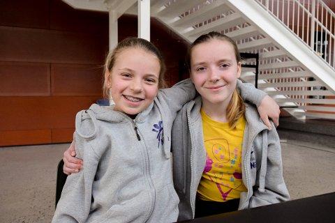 TRØST: hedda Rognli (13) og Iril Ringheim (14) gleder seg til å bruke en hel danseforestilling med Studio Nille til trøst.