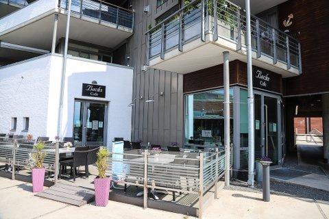 NY KAFE: Nå er navn og konsept på den nye kafeen klart. Der gamle Becks cafe tidligere lå åpner snart Naust - Langestrand kafé.