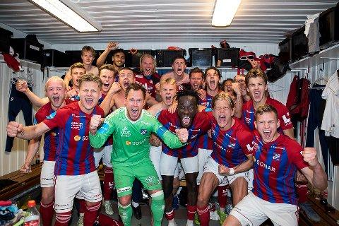 JUBEL: Man skal ikke gå lang tilbake før man finner jublende Fram-spillere. Mange i Larvik husker fremdeles NM i fotball i 2019.
