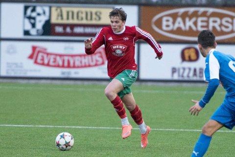 Tapte for bunnlaget: Halsen og Henrik Bach Røsholt tapte 2-3 for Drøbak-Frogn i et svakt oppgjør i badebyen lørdag ettermiddag.