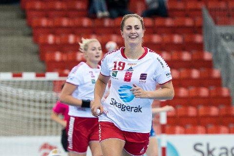 Tiril Günther Merg, Trine Bronsta (19), LHK-Fyllingen, LHK, Fyllingen, 1. div, 1. divisjon, 2019, Larvik HK, Larvik Håndball, håndball, Boligmappa Arena