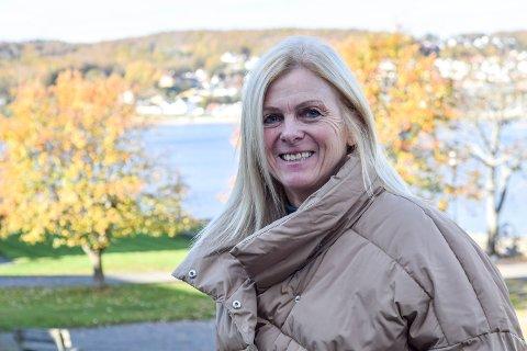 SØKNAD PÅ PLASS: Sivilarkitekt Bente Kronen påpeker at både nabovarsel og søknader nå er på plass i saken om overskuddsmasse på Lille Arøya.