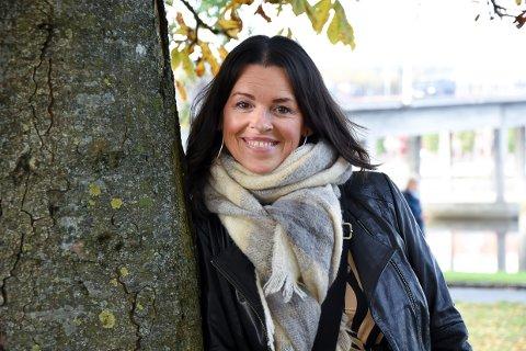 TENKER NYTT: Ania Veliz har travle dager med sitt nye prosjekt.