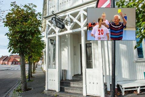 IKKE IMPONERT: Terje Anthonsen gir Tordenskiold pub i Stavern et aldri så lite gult kort.