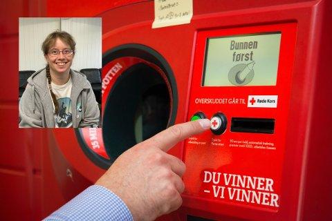 PANT: Pengene Larvik Røde Kors får inn fra panteknappen i butikkene, kommer godt med.  – Det er bare å trykke på panteknappen! sier Monica Ljusnes.