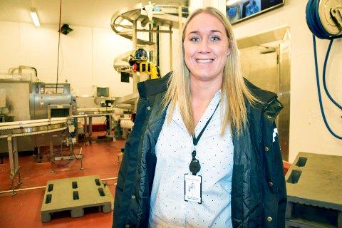 TRIVES: Kristine Abrahamsen (31) har jobbet hos Matbørsen i nesten 20 år. Hun stortrives i bedriften, hvor hun er HR-ansvarlig.