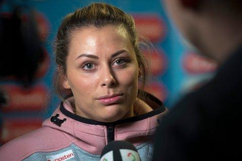 FÅR ERSTATNING: Håndballstjernen Nora Mørk er tilkjent erstatning etter at en mann ble dømt for å ha bidratt til å spre nakenbiler av henne. Mørk forklarte seg på telefon fra Romania, der hun er proffspiller. Bildet er fra en tidligere anledning.