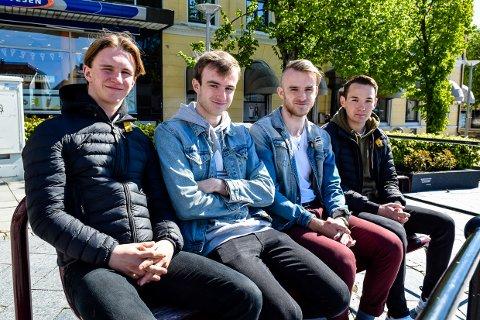 UNDERSØKELSE: Marius Gjerdalen, Markus Sæthre, Sondre Sæthre og Patrick Johansen har undersøkt om miljøengasjementet hos ungdom er reelt.