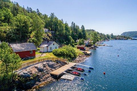 12 MILLIONER: I 2017 ble denne eiendommen solgt for 10 millioner kroner. Nå er den lagt ut for salg for 12. (Foto: Karl Fillip Kronstad)