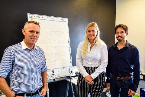 FULL FART: Oppfinner Bendik Bø i Worldpower Energy, har fått med seg student Gagi Peskovic og praksisstudent Mathilde Halvorsen for å få fart på utviklingen av sin oppfinnelse.