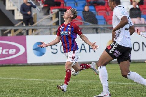 Til OBOS: Sindre Osestad er ønsket av Grorud. Framspilleren er på utgående kontrakt med Fram og er ønsket videre i Larvik.