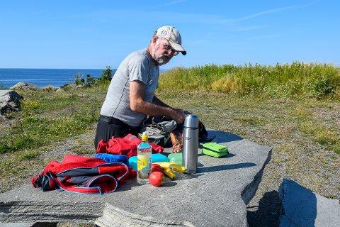 BLIR HØRT: Knut Hjalmar Gulliksen er leder i Larvik og Omegns Turistforening. Foreningens oppfordring om å utsette behandling av ny kyststi i Tjølling blir nå hørt.