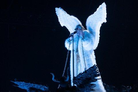 Oslo 20210219.  Tix fremfører låten «Fallen Angel» under finalen i Melodi Grand Prix (MGP) 2021. Foto: Julia Marie Naglestad / NRK / NTB