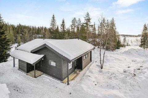 SOLGT RASKT: Denne hytta på Breivann tiltrakk seg stor interesse og ble solgt over prisantydning på første virkedag etter visningen.