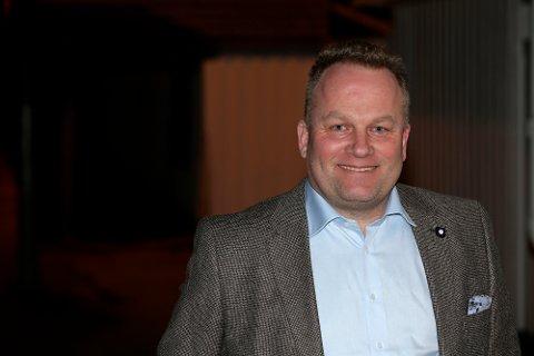 Overtar: Jan Thore Lauritzen blir ny styreleder i Larvik HK. Han overtar etter Marion Eriksen Wold som har gjort en fenomenal jobb i klubben.