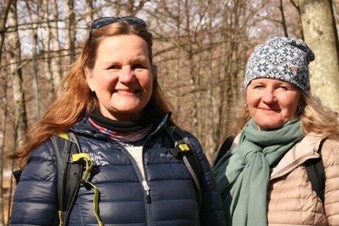 IMPONERT: Hanne Paulsrud og Line Bonnevie ble fasinert etter et besøk i Bøkeskogen for første gang.