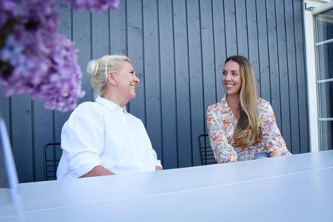 SUKSESS: Karoline Bjørnstad Dolva og mamma Trine Bjørnstad startet i sommer opp et nytt prosjekt sammen. Det her gått så det suser.