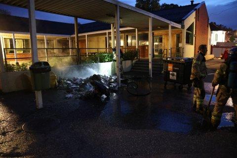 RYKKET UT: Brannvesenet måtte rykke ut til Langestrand skole natt til lørdag.