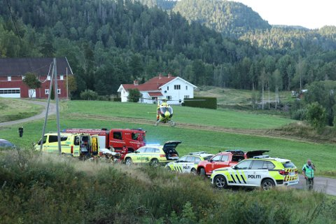 DRAMATISKE MINUTTER: Gutten ble fløyet med ambulansehelikopter til sykehuset etter ulykken 23. august. Han skal ikke være alvorlig skadet.
