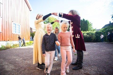 DANS: På Herregården var det mange aktiviteter for både store og små barn.