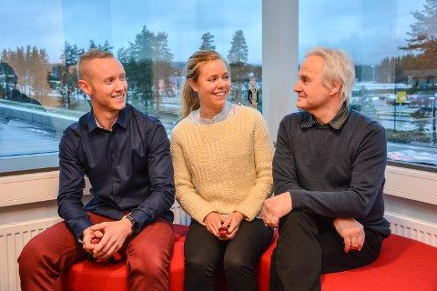 DEL AV STORT FORSKNINGSPROSJEKT: Patrick Foss Johansen (f.v.), Ingeborg Barth Vedøy og veilder Knut Skulleberg.