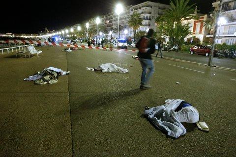 GRUFULLE SCENER: Minst 84 personer er døde etter terrorangrepet i Nice.