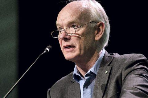 Eldre må få tilsendt pensjonsslippen på en valgfri måte, mener Per Olaf Lundteigen (Sp). Foto: Ole M. Wold, NTB scanpix/ANB