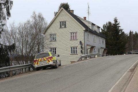 ÅSTEDET: I dette huset på Flisa skjedde drapet på Lillian Holøien 23. mars i fjor.