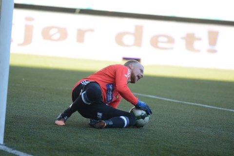 KLAR FOR ELVERUM: Emil Holst har skrevet under en toårskontrakt med Elverum Fotball.