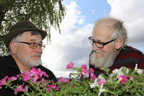 DUELLEN: – Tørt, sier Svein Sparby. – Bløtt sier Bjørn Frang.  Sommeren selv vil vise om noen av de to spår riktig.