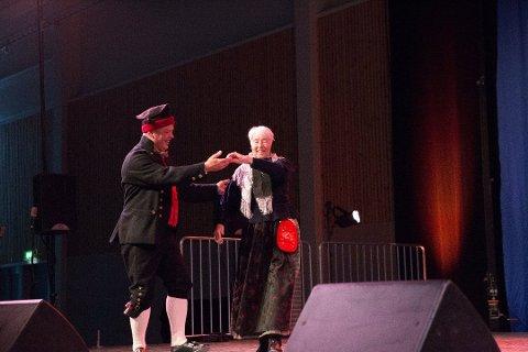 Rnadu Gullikstad er veteran i landskappleiken, og vant kongepokalen i dans fele 1996. Foto: Anbjørg Myhra Bergwitz