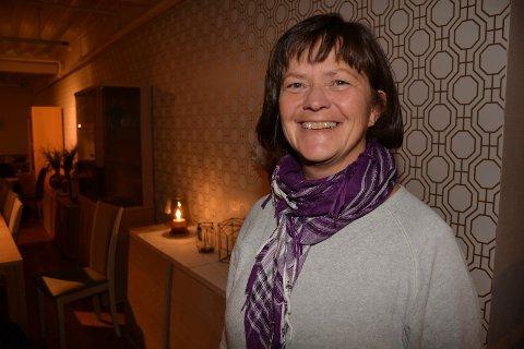 TORGSALG: Eli Riset  i Tynset Næringsforening er arrangementskoordinator for Tynsetmart`n.