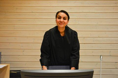 PROSEDYRE: Advokat Kanwal Arzoo Suleman er prosessfullmektig for den saksøkte MHBR IKS. Hun holdt sin prosedyre på rettens siste dag, torsdag.