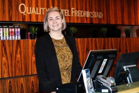 DROPPET MINIBAR: Hotellsjef Sabina Widenqvist forteller at Qualityhotel Fredrikstad har droppet minibar delvis for å slippe svinnet og tyverier. Foto: Joachim Constantin Høyer