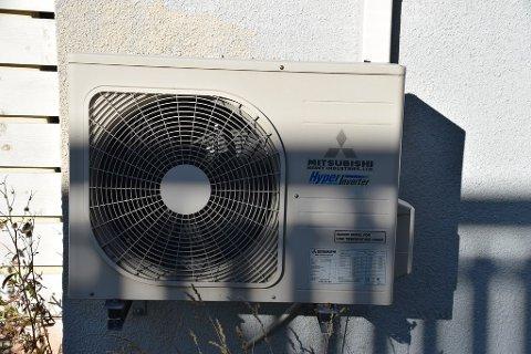 SPARTE 4000: Reparasjon av varmepumpa ble av en reparatør foreslått med bytte av gass for 5.500 kroner. Reparatør II reparerte den fullgodt til 1.500 kroner.