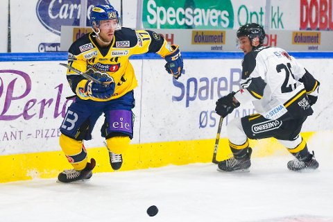 Eirik Salsten og Storhamar ble et par nummer for små i toppoppgjøret borte mot Stavanger Oilers torsdag kveld. Foto: Fredrik Hagen / NTB scanpix