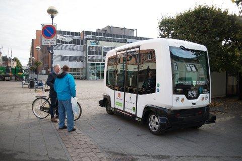 FØRERLØSE BUSSER: En slik buss uten sjåfør kan komme til å gå i trafikk i Elverum, Hamar og Ringsaker. Sistnevnte har allerede sagt ja til å være med på forprosjektet og vil ha med seg nabokommunene.