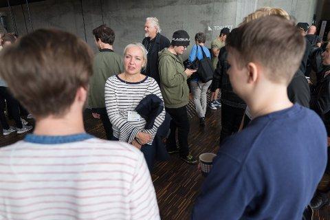 INTERESSANT: Sony-direktør Lena Midtveit synes det er spennende å møte studenter.